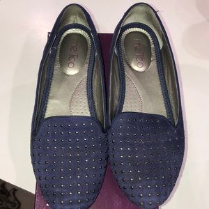 Women's me too brand navy blue suede flats size 6